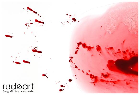 Kein Blut... nur Himbeersauce :-)